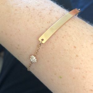 Gold Bracelet with Bar and Heart Detail